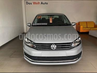 Foto Volkswagen Vento Comfortline usado (2018) color Plata precio $200,000
