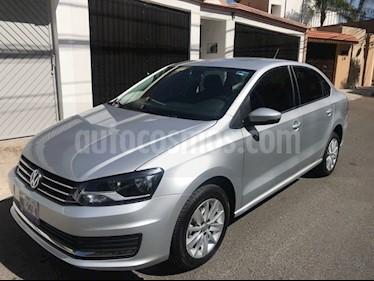 Foto Volkswagen Vento Comfortline usado (2017) color Plata precio $165,000