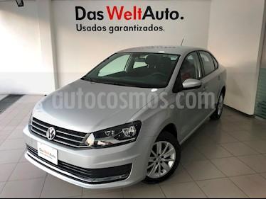 Foto venta Auto Seminuevo Volkswagen Vento Comfortline (2018) color Plata Reflex