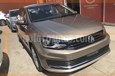 Foto venta Auto Seminuevo Volkswagen Vento Comfortline (2018) color Beige precio $210,000