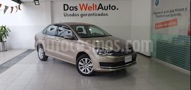 Foto Volkswagen Vento Comfortline usado (2019) color Beige Metalico precio $215,000