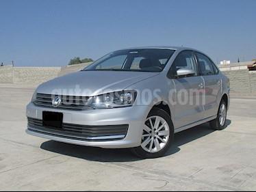 Foto venta Auto usado Volkswagen Vento Comfortline (2018) color Plata Reflex precio $198,000