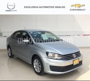 Foto venta Auto usado Volkswagen Vento Comfortline (2016) color Plata Reflex precio $160,000