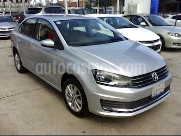 Foto Volkswagen Vento Comfortline usado (2018) color Plata precio $176,500
