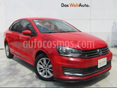 Foto venta Auto usado Volkswagen Vento Comfortline (2017) color Rojo Flash precio $169,000