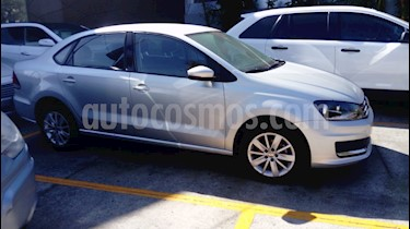 Foto venta Auto Seminuevo Volkswagen Vento Comfortline (2018) color Plata precio $190,000