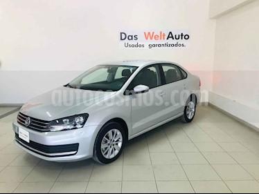 Foto venta Auto usado Volkswagen Vento Comfortline (2019) color Plata precio $234,630