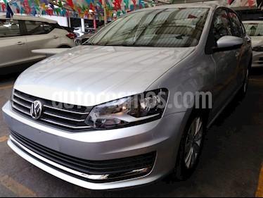 Foto venta Auto usado Volkswagen Vento Comfortline (2019) color Plata precio $211,900
