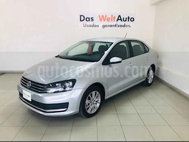 Foto Volkswagen Vento Comfortline usado (2019) color Plata precio $202,297