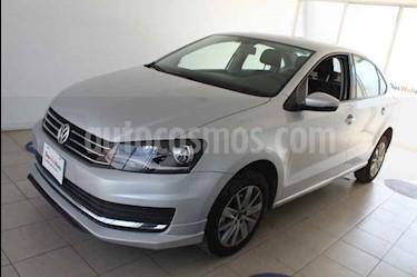 Foto Volkswagen Vento Comfortline usado (2019) color Plata precio $234,000