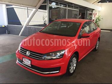 Foto venta Auto usado Volkswagen Vento Comfortline (2017) color Rojo precio $189,000