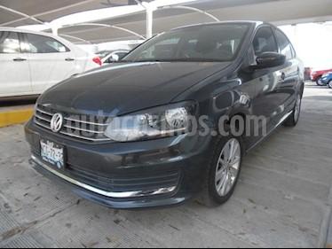 Foto venta Auto Seminuevo Volkswagen Vento Confortline (2018) color Gris precio $205,000