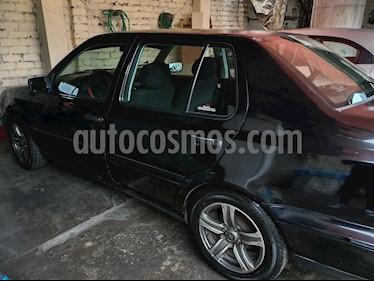 foto Volkswagen Vento Europa L4,1.8i,8v A 2 1 usado (1997) color Negro precio u$s2,700