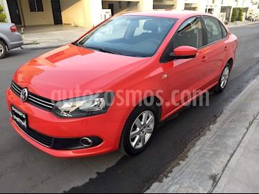 Foto venta Auto usado Volkswagen Vento Highline Aut (2014) color Rojo precio $138,000