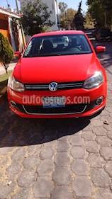 foto Volkswagen Vento Highline Aut usado (2014) color Rojo precio $135,000