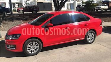 Volkswagen Vento Highline Aut usado (2016) color Rojo Flash precio $190,000