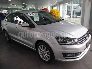 Foto venta Auto usado Volkswagen Vento Highline Aut (2018) color Plata precio $229,000