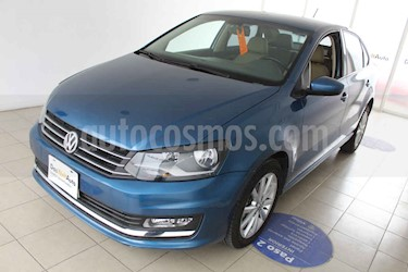 Foto Volkswagen Vento Highline Aut usado (2018) color Azul precio $230,000