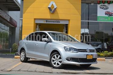 Foto venta Auto usado Volkswagen Vento Highline Aut (2015) color Plata Reflex precio $155,000