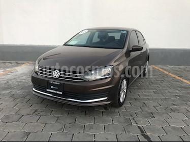 foto Volkswagen Vento Highline Aut usado (2017) color Marrón precio $195,000