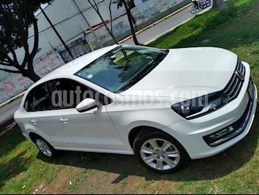 Foto Volkswagen Vento Highline TDI DSG usado (2019) color Blanco precio $200,000