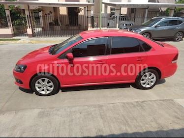 Foto venta Auto usado Volkswagen Vento Highline TDI (2014) color Rojo precio $120,000