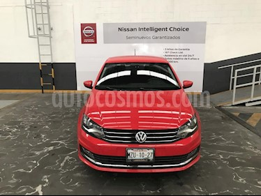 Foto venta Auto Seminuevo Volkswagen Vento Highline (2017) color Rojo precio $199,900