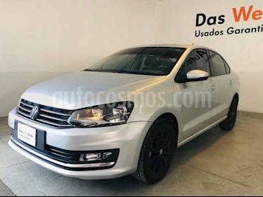 Foto venta Auto usado Volkswagen Vento Highline (2018) color Plata precio $207,958