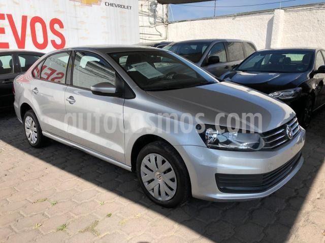 Volkswagen Vento Startline Aut usado (2018) color Plata Dorado precio $160,000