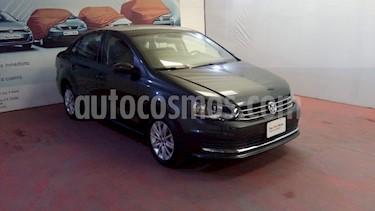 Volkswagen Vento Comfortline usado (2019) color Gris Carbono precio $218,000