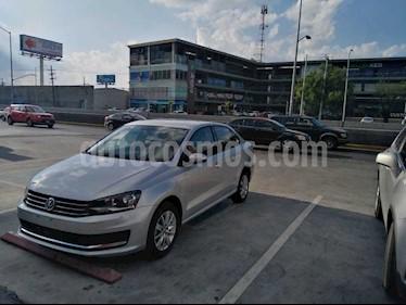 Volkswagen Vento Comfortline usado (2018) color Plata precio $174,900