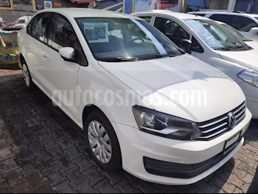 Volkswagen Vento 4P STARLINE AT A/AC. VE R-15 usado (2016) color Blanco precio $143,000
