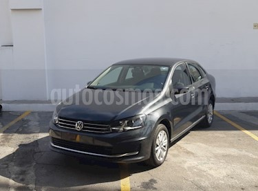 Volkswagen Vento Comfortline usado (2018) color Gris precio $198,000