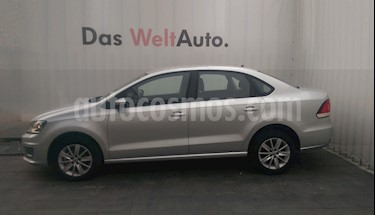 Volkswagen Vento Comfortline usado (2019) color Plata Reflex precio $205,000