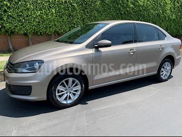 Volkswagen Vento Comfortline usado (2018) color Bronce precio $163,000