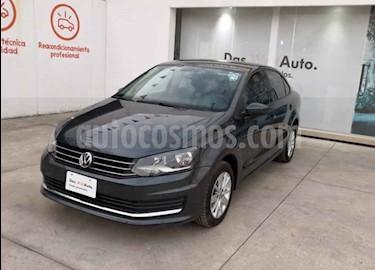 Foto Volkswagen Vento Comfortline Aut usado (2018) color Gris precio $191,990