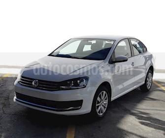 Volkswagen Vento Comfortline usado (2018) color Blanco precio $235,000