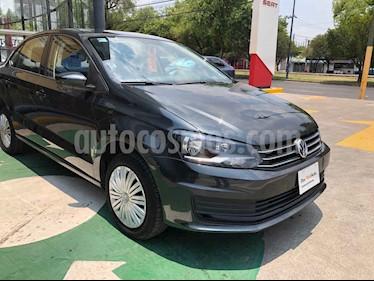 Volkswagen Vento 4p Starline L4/1.6 Aut usado (2020) color Gris precio $211,990