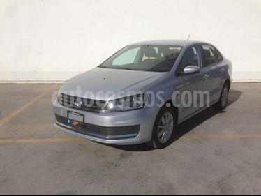 Foto Volkswagen Vento Comfortline Aut usado (2019) color Plata precio $179,800
