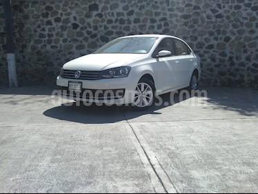 Volkswagen Vento Comfortline usado (2020) color Blanco precio $225,000