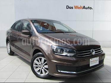 Volkswagen Vento Comfortline Aut usado (2018) color Marron precio $185,000