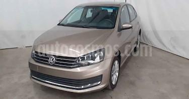 foto Volkswagen Vento Comfortline Aut usado (2019) color Beige precio $189,900
