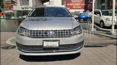 Volkswagen Vento Comfortline Aut usado (2018) color Plata precio $209,000