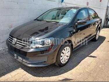 Volkswagen Vento 4P STARLINE TM5 A/AC. VE R-15 usado (2016) color Negro precio $145,000