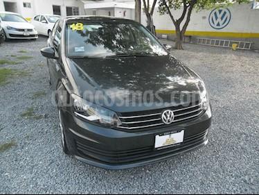 Volkswagen Vento Startline Aut usado (2018) color Gris precio $156,000