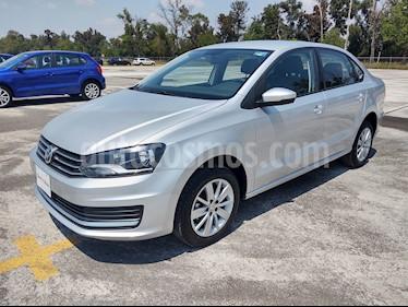 Volkswagen Vento Comfortline usado (2019) color Plata Reflex precio $219,000