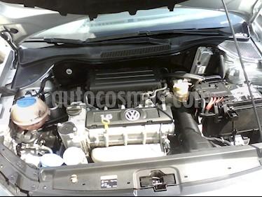 Foto Volkswagen Vento Comfortline Aut usado (2018) color Plata precio $176,500