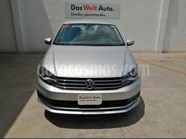 Volkswagen Vento 4p Confortline L4/1.6 Aut usado (2019) color Plata precio $235,000