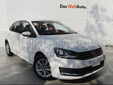 Foto Volkswagen Vento Comfortline Aut usado (2018) color Blanco Candy precio $184,000