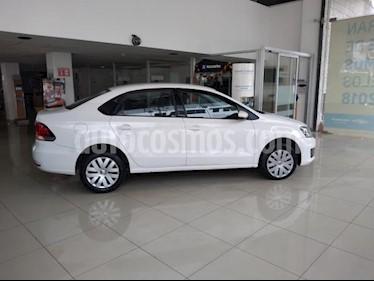 Foto Volkswagen Vento 4p Starline L4/1.6 Aut usado (2018) color Blanco precio $169,000